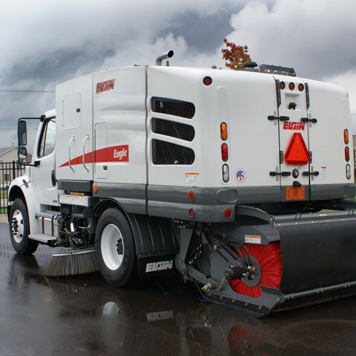 white elgin eagle street sweeper