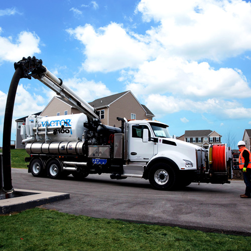Vactor 2100i Combination Sewer Cleaner